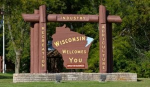 Wisconsin_welcome_sign