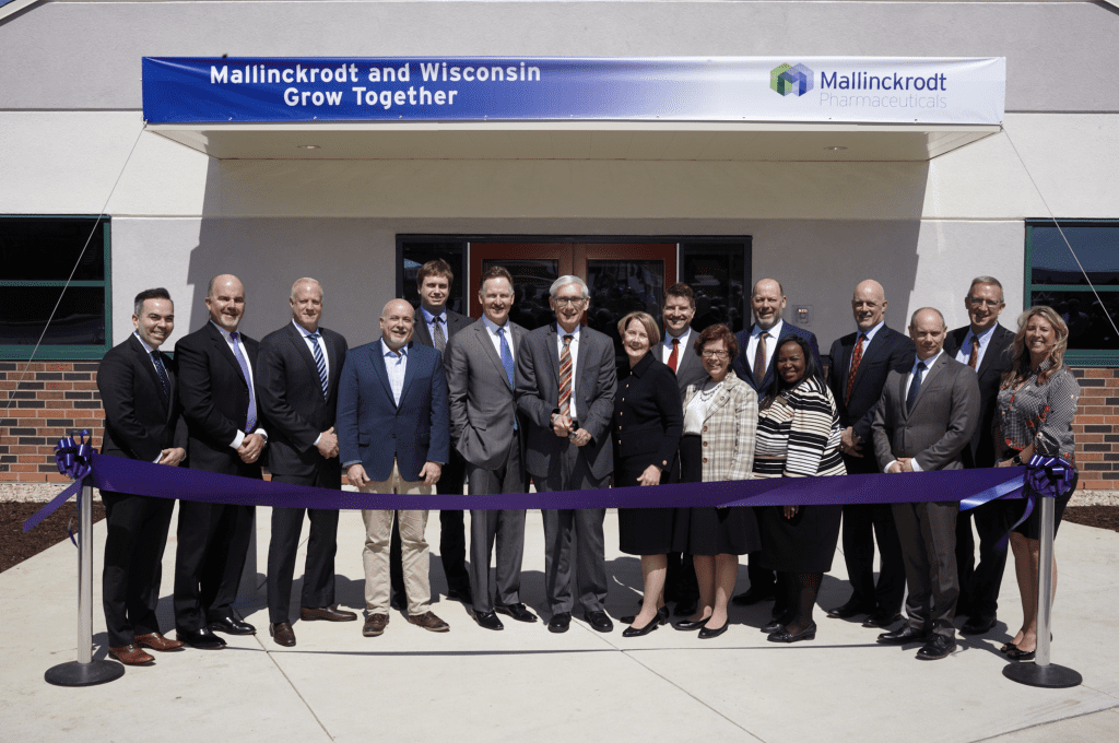 Mallinckrodt Ribbon Cutting
