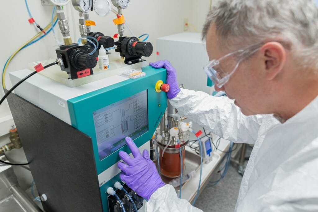 Waisman Biomanufacturing bioreactor process